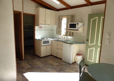 1-Interior-Delux-2-bedroom-cabin